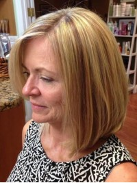 Short Straight Bob Style Synthetic Lace Front Wig With Side Bangs 10 Inches